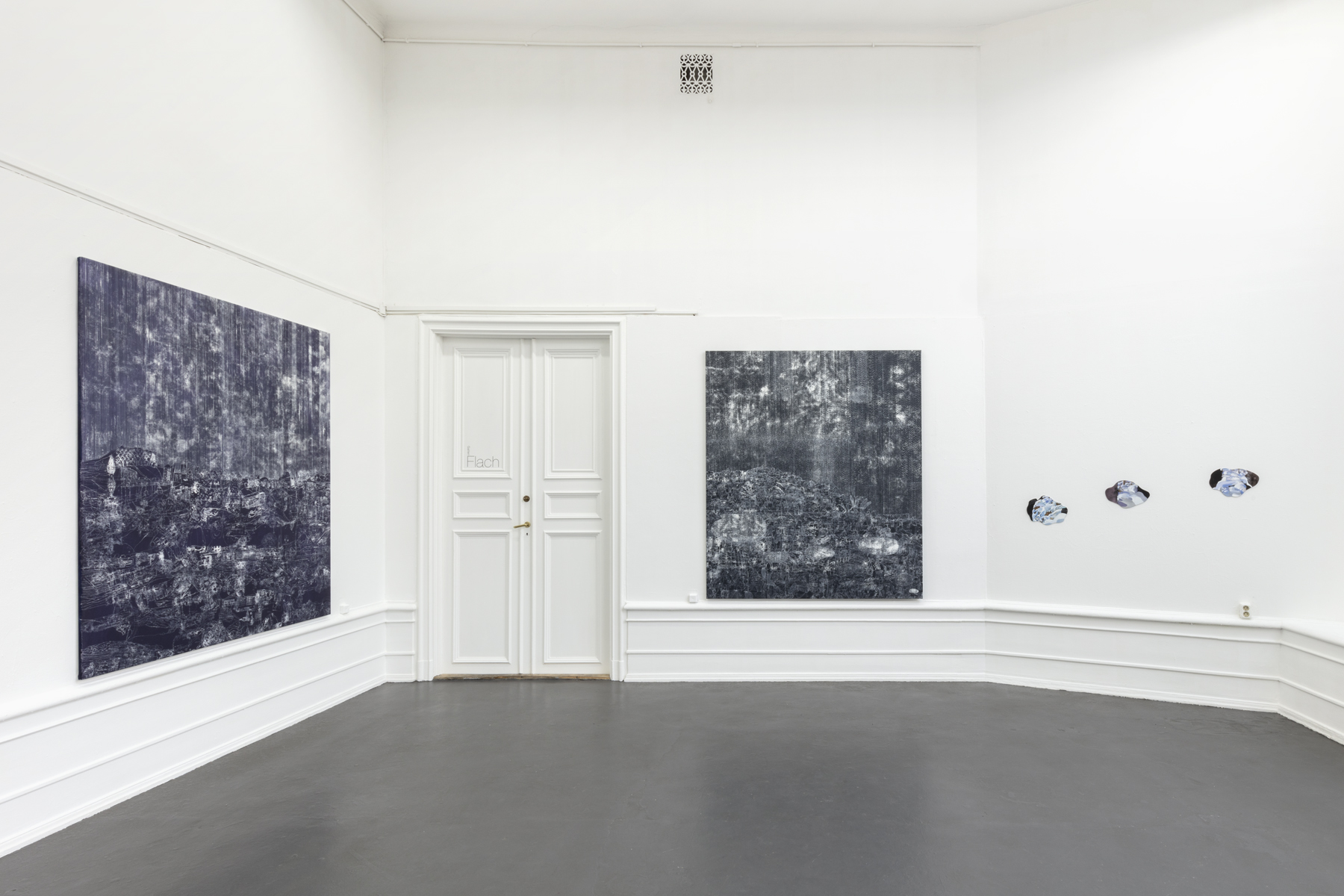 "Lisa D Manner, ""Long Wave"", 2020.  Installation view: Downwind, 2019, Upwind, 2019, Sample I, II, III, 2020, Galleri Flach"
