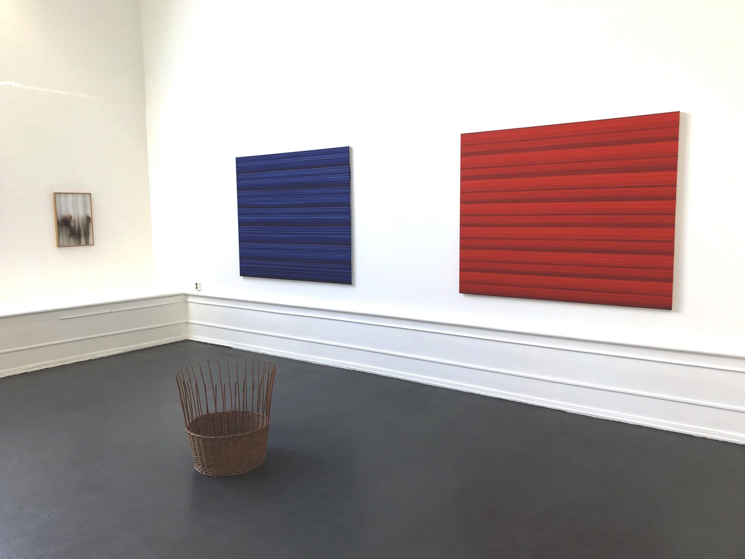 Ande och Materia / Mind and Matter, april 2020. Rickard Sollman (paintings), Kristina Eldon (photography)