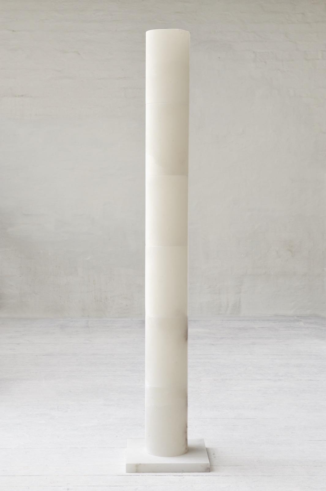"""Eva Lange, """"Ryggraden"""", 2007, alabaster, 200 cm. Photo: Ann Eriksson"""