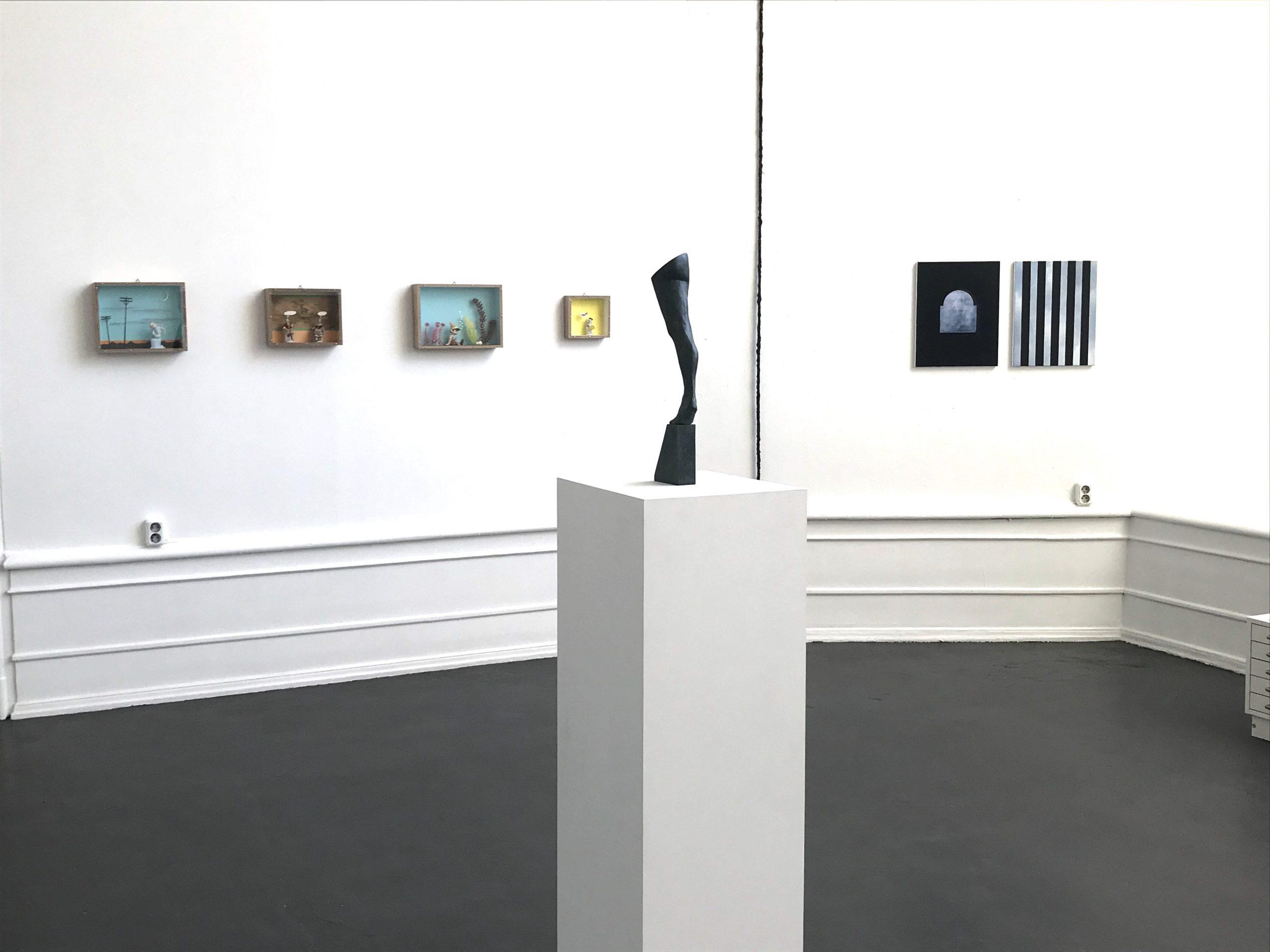 Ande och Materia / Mind and Matter, April 2020. Fredrik Wretman (sculpture), Thomas Olsson (objects), Jakob Solgren (sculpture / paintings)